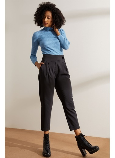 Setre Siyah Yüksek Bel Cepli Havuç Pantolon Siyah